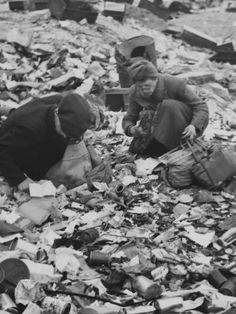 Foraging for food among the rubble. Berlin, Spring-Summer 1945