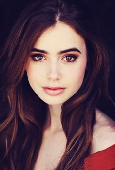 Lilly Collins hair style
