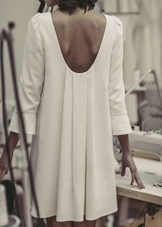 Laure de Sagazan - Création de Robes de mariée sur mesure | Pin discovered by Kelly's Closet bridal boutique in Atlanta, Georgia
