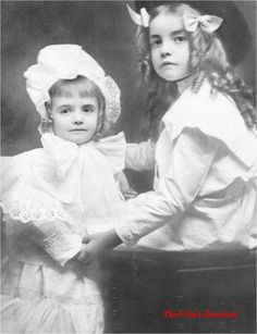 Dorothy and Lillian Gish in the late 1800's.