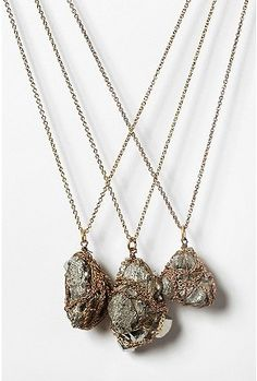 Mineral Pendant Necklace - StyleSays