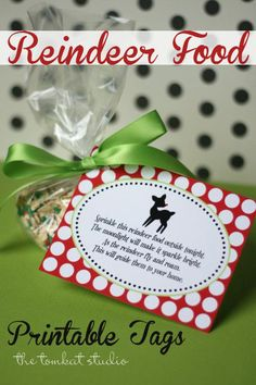 Get these darling Reindeer Food tags at The Tomcat Studio. What a cute & clever little gift idea. #christmasprintable #christmas #reindeerfood