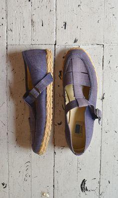 vintage tstraps / espadrille canvas shoes / Chambray Keds