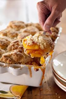 #Thanksgiving #recipes : Peach and Cinnamon Cobbler