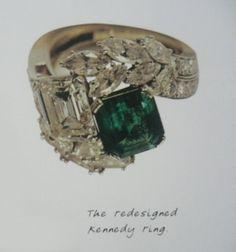 Jackie O's Engagement Ring. JFK had it custom designed at Van Cleefs. Emerald & Diamond.