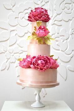 peonies-wedding-cake