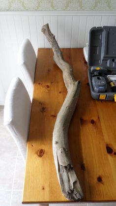 DIY Tealight Driftwood Holder