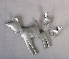 Sweet 1940s Pewter Deer Family Brooch & Earrings set