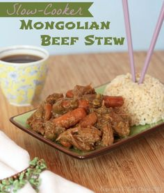 Slow Cooker Mongolian Beef Stew - Asian flavors in this simple comfort food dinner from your crockpot! | cupcakesandkalechips.com | #glutenfree
