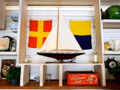 Creative shelf idea for sea inspired living.