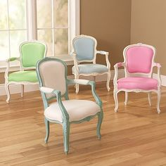 vintage chairs with pop of colour. lovely.