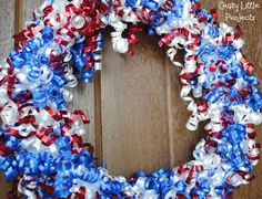 craft, red, juli wreath, ribbons, 4th of july