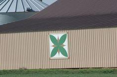 Tobacco Leaf Barn Quilt