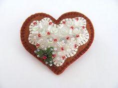 Felt hearts ~<3K8<3~