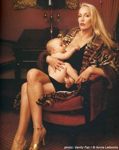 We love this image of Jerry Hall breastfeeding. Shot by Annie Leibovitz for Vanity Fair.
