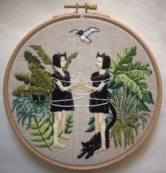 """Cat's Cradle - 6"""" embroidery on linen"""