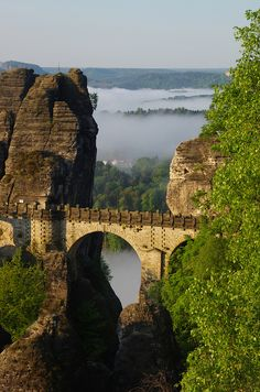 Basteibrücke bei Sonnenaufgang, Saxony, Germany