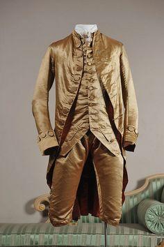 Gold silk satin coat, waistcoat, and breeches, c. 1780-85. Royal Pavilion & Museums, Brighton & Hove.