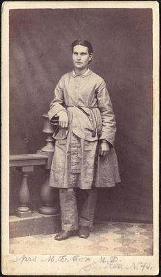 Reform dress histori, dress reform, 19th centuri, 1860s, reform dress, cdvs