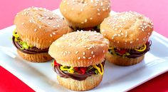 Hamburger Cupcakes for a BBQ or kids party!