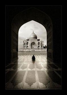 RP: Taj Mahal Photography by Thamer Al-Tassan
