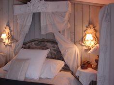 Notre chambre on pinterest bathroom grey ocean house - Ciel de lit chambre adulte ...