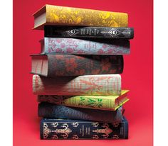 33 classic books Love at First Word