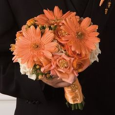 Fall Wedding Flowers - Bridal Bouquet Ideas  Love this color.  You could put it with lots of different colors, pink, purple, camo  :) :)