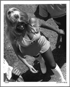 linda vaughn, pole posit, vintag pinup, grid girl