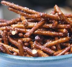 Spiced Honey Pretzels: Not only do these utterly addictive pretzels have that salty-sweet thing going on, they're low in fat and calories — the perfect snack, in our book! calori snack, spice honey, low calories, honey pretzel, eat, 100 calories, low calorie snacks, 100 calorie snacks, pretzels