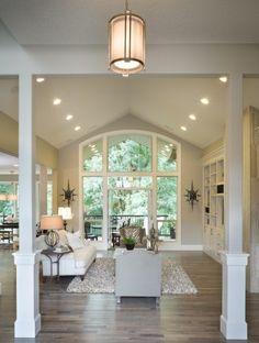 Hight ceilings  big windows