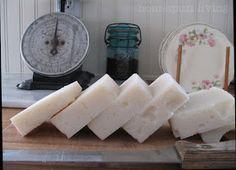 homespun living: blender soap making