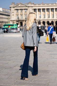 Blazer + flared jeans.