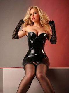 Latex & Stockings = Sexy ;)