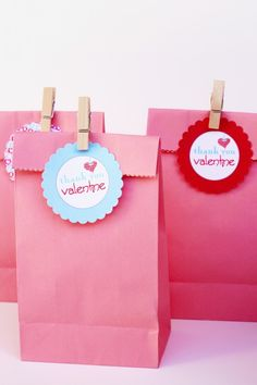 Free Valentine's Day favor tags