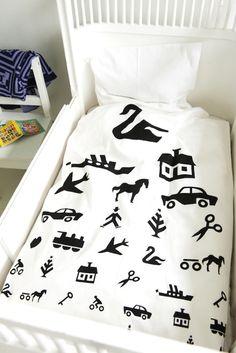 Black bedding set for children and adult http://www.rafa-kids.com/shop/visiontest-bedding-set/