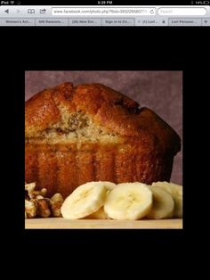 Banana bread with applesauce and honey instead of sugar and oil
