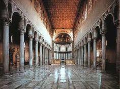 Interior Basílica Santa Sabina. Roma