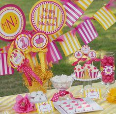 Cupcake Party Invitation