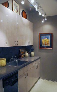 small kitchen - contemporary - kitchen - new york - Susan Serra, CKD