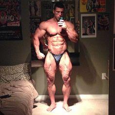 muscle selfie