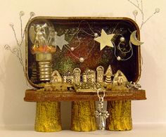 Altered Altoid Tin by Nickactually, via Flickr