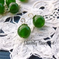 10 Emerald Green Beaded Charms... DIY   #diy #crafts #jewelry #scrapbooking