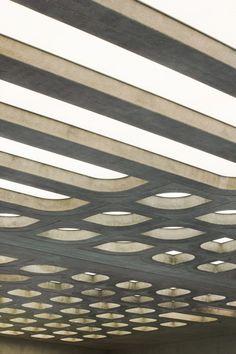 London Aquatics Centre / Zaha Hadid Architects