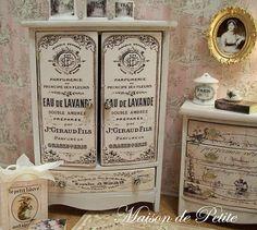 Dollhouse miniatura Hermosa OOAK Shabby Chic y, Francés Cottage Lavande Armario - Casa Blanca