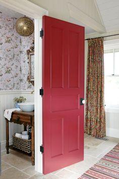 Sarah Richardson                            Farmhouse Powder Room