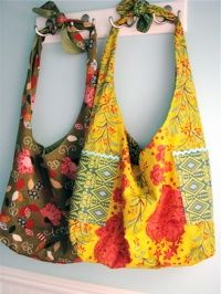 Looks cute and quick.  Notice the pockets on the yellow one. Lickety Split Bag Sewing Pattern