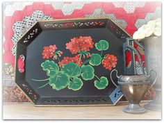 Fabulous Vintage Tole Tray with RED GERANIUMS