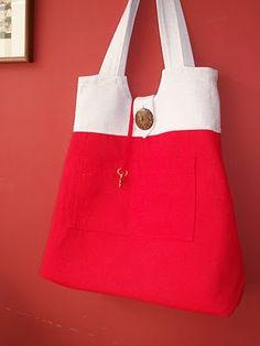 Tijereteando: 54. Diseño de bolsos de tela. Bolso pintado, gris y rojo