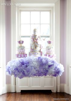 Floating on a cloud... Cakes: Cake Opera Co. | Photography: 5ive15fteen Photo Co